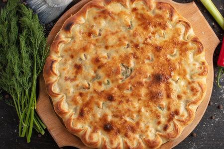 Осетинский пирог с курицей, сыром, грибами и болгарским перцем