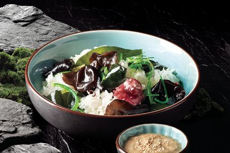 Муэр салат с морскими водорослями