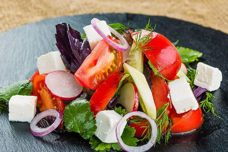 Салат Огород с сыром Рассольный