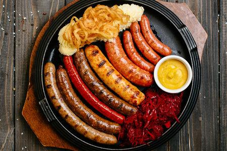 Набор Ассорти фирменных колбас