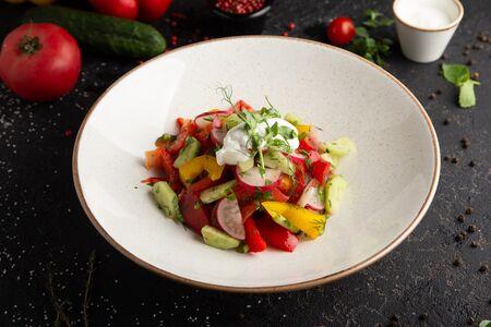 Овощной салат по-деревенски