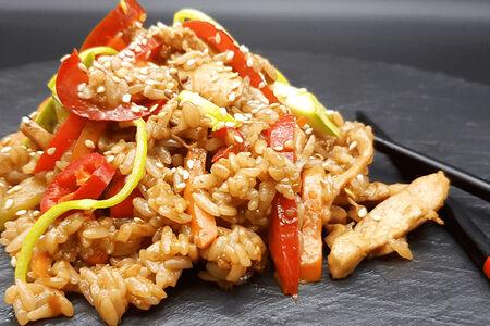 Рис с курицей спайси
