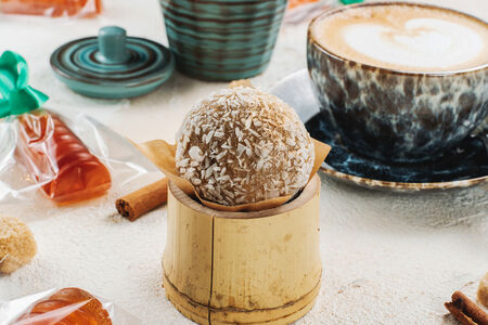 Десерт Золотой трюфель