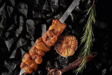 Кабоб (шашлык) из куриного бедра