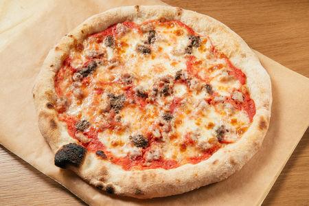 Пицца Salsiccia e tartufo