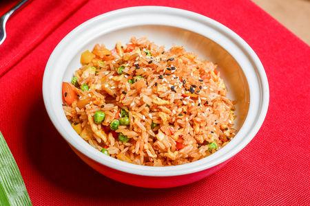 Обжаренный рис по-китайски