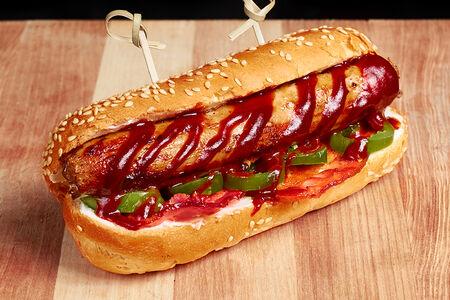Хот-дог со свиной колбаской