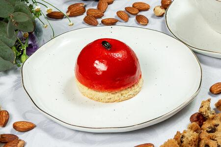 Пирожное Малиновая бомба