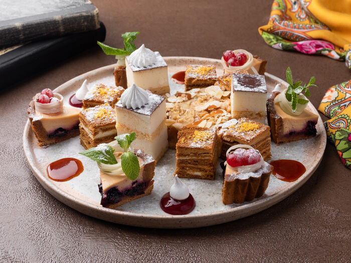 Ассорти мини-десертов