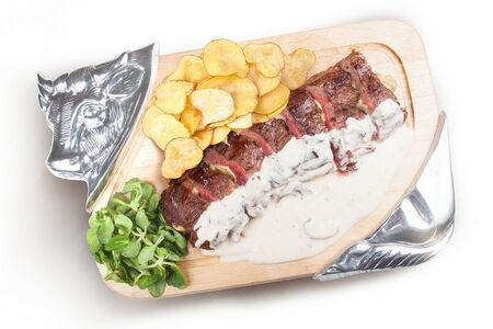 Royal beef на 4 персоны с картофелем (банкет)