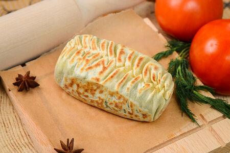 Кок-самса с сыром и зеленью