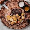 Фото к позиции меню Томленая говядина с молодым картофелем