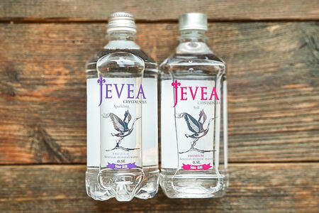 Минеральная водя Jevea
