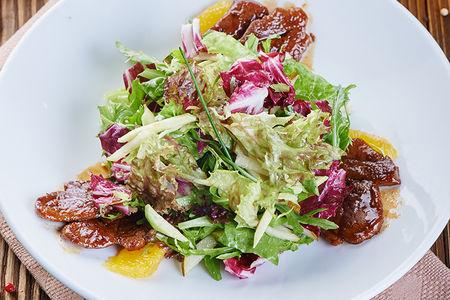 Микс салат с утиной грудкой