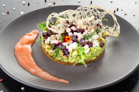 Салат Авокадо-кейк