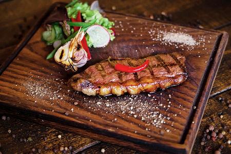 Стейк Пиканья из мяса бычков зернового откорма