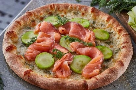 Пицца Лосось, кабачок, укроп