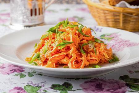 Салат Морковь пикантная