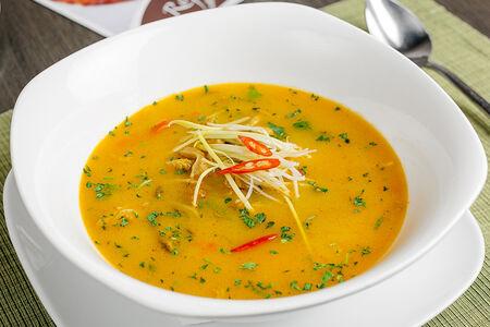 Суп по-тайски с говяжьим мясом