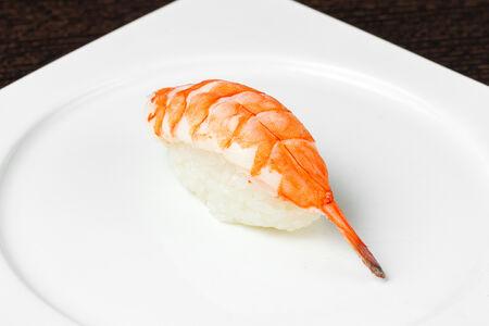 Суши Нигири Тигровая креветка