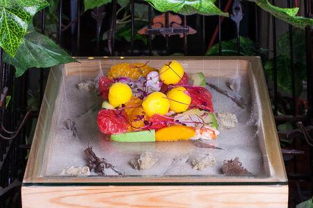Цитрусы с морепродуктами