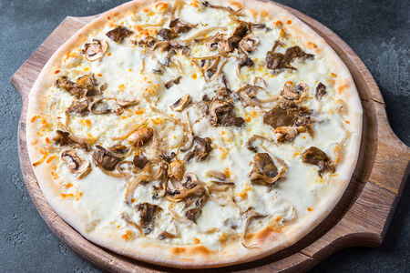 Пицца Трэ-фунги