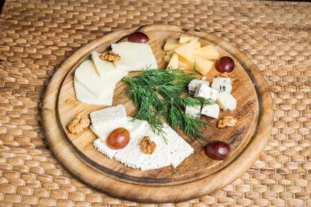 Сырное блюдо