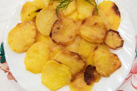 Картофель, запеченный по-домашнему