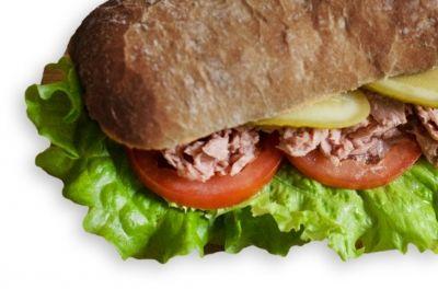 Сэндвич с тунцом постный на ржано-пшеничном хлебе