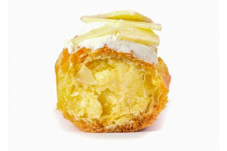 Пирожное Эклер классический