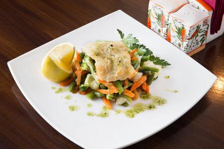 Ладожский Судак с овощами