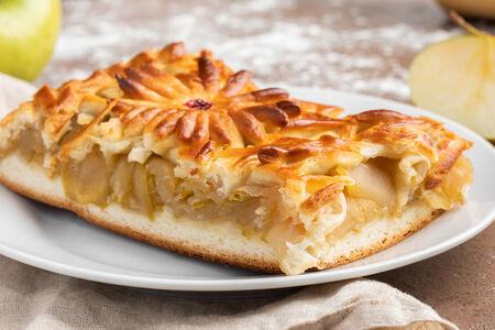 Пирог с печеными яблоками