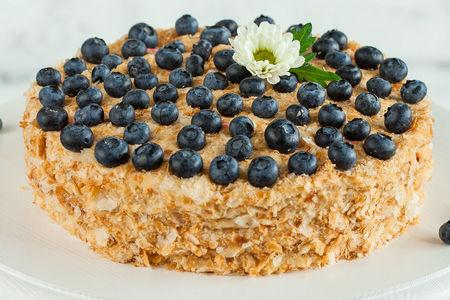 Торт Наполеон Голубика