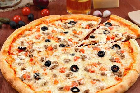 Пицца Биф энд Чикен