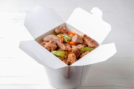 Вок Свинина с рисом в соусе терияки