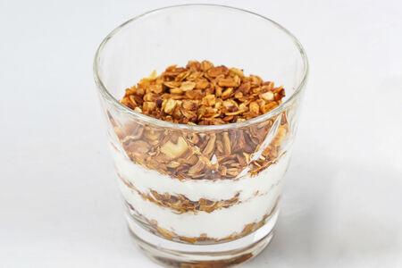 Гранола с жареными орешками