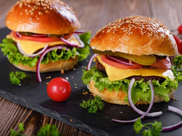 M & B Burger Bar