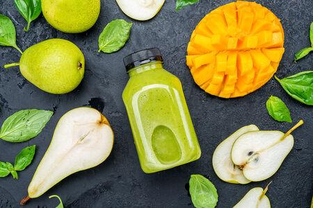 Смузи с манго и мятой
