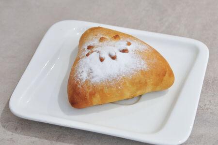 Пирожок Яблоко-корица