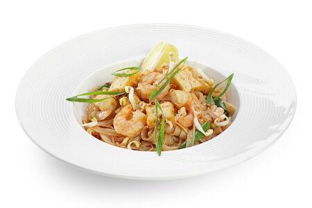 Рисовая лапша с коктейльными креветками Пад Тай Фои