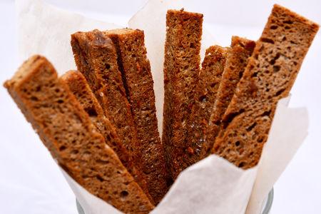 Гренки из бородинского хлеба