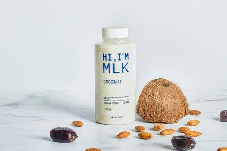 Миндальное молоко с кокосом