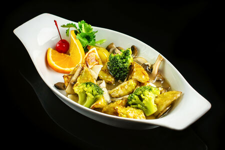 Жаренные баклажаны в чесночном соусе