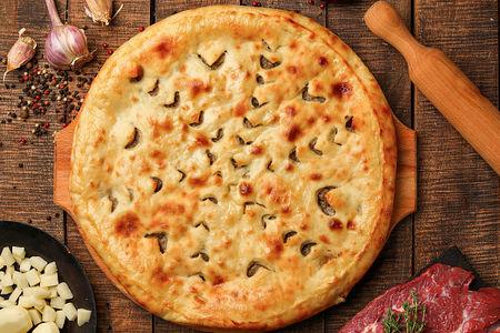 Осетинский пирог с рубленой говядиной и картофелем