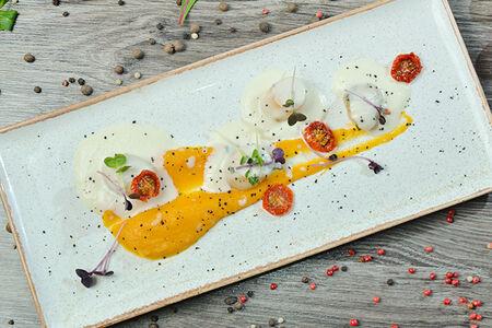 Морские гребешки с кремом из печеной тыквы
