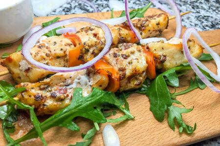 Шашлык с куриной грудкой и болгарским перцем