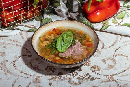 Суп с говядиной с огня