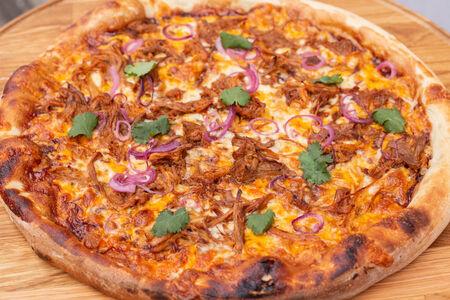 Пицца с лопаткой