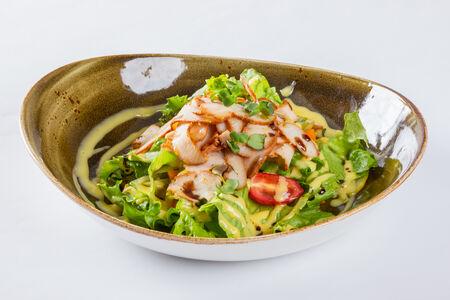 Салат с шафрановым айоли