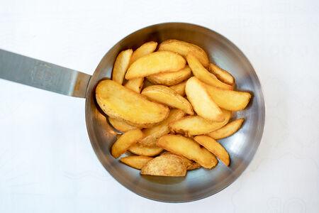 Картофельные дольки